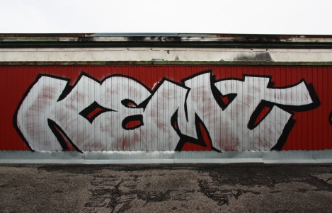 rooftop throwie by Kemt at the abandoned Transco