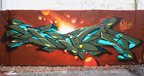 Skor piece in Ahuntsic alley