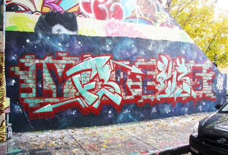 Lyfer (left) and Ekes (right) at the Halloween jam at the Rouen legal graffiti tunnel