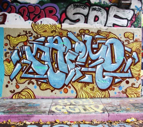 Naimo at the Halloween jam at the Rouen legal graffiti tunnel