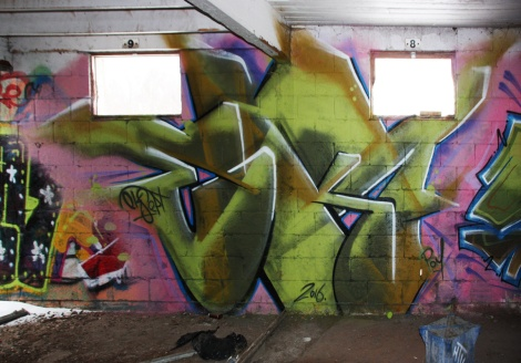 EK7 graffiti piece found in urbex