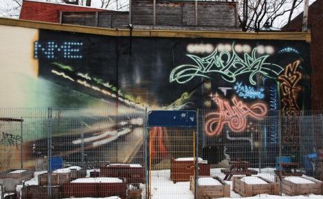 NME mural featuring Stare in Centre-Sud