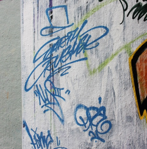 tags by Earth Crusher, Dré and NusIII