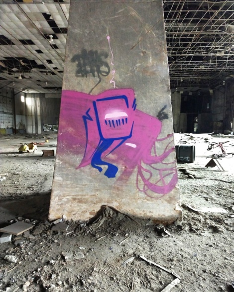 Earth Crusher in an abandoned warehouse