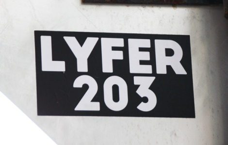 Lyfer sticker