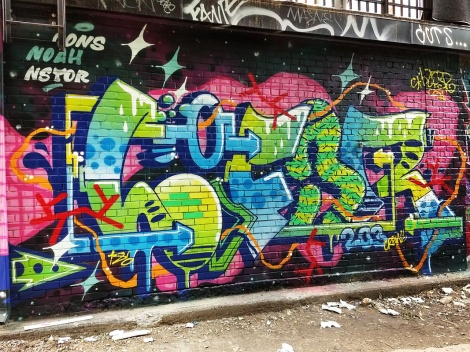 Lyfer in a Plateau back alley