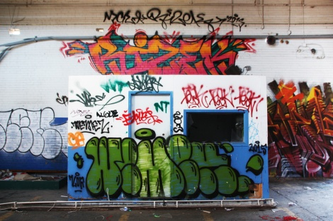 Rizek (top), Wemek (bottom) in the abandoned Transco's blue room