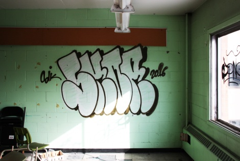 Skor throw in an abandoned school