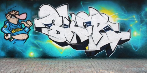 Skor on letters and Tuna on character, at the PSC legal graffiti wall