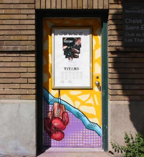 door 4/4 of a boxing center in Petite-Patrie, by HRKR