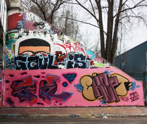 Eskae One (bottom left), EK7 (bottom right) and Gaulois (middle) at the Rouen legal graffiti tunnel