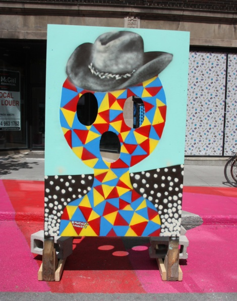"""Mathieu Connery on """"your face here"""" board for the 2016 edition of Mural Festival"""