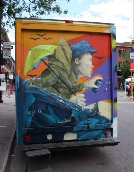 back of truck painted by Dodo Osé for the 2016 edition of Mural Festival