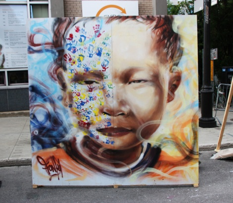 painted piece by Fonki for the 2016 edition of Mural Festival