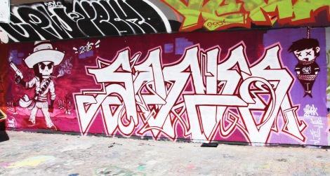 Koni (character) and Saner (letters) at the PSC legal graffiti wall