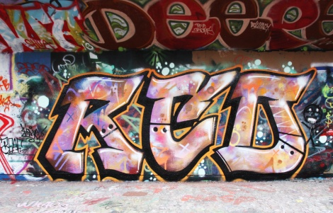 someone representing RCD at the PSC legal graffiti wall