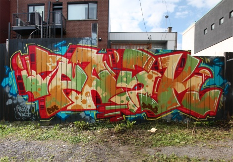 Pask in a Hochelaga alley