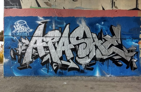 Apashe at the Papineau legal graffiti wall