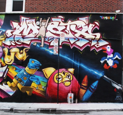 Mistx (letters) and Korb (toys) representing Crazy Apes for the 2016 edition of Under Pressure