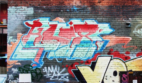 Hsix piece in a Hochelaga alley