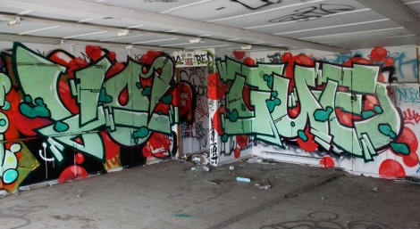 Vogue in an abandoned building in Côte des Neiges