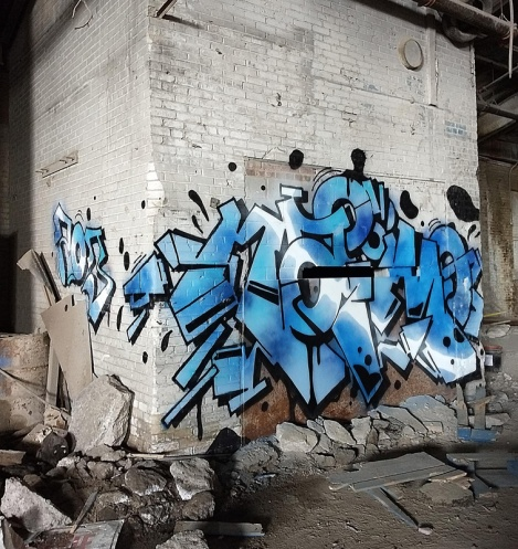 Naimo in an abandoned building