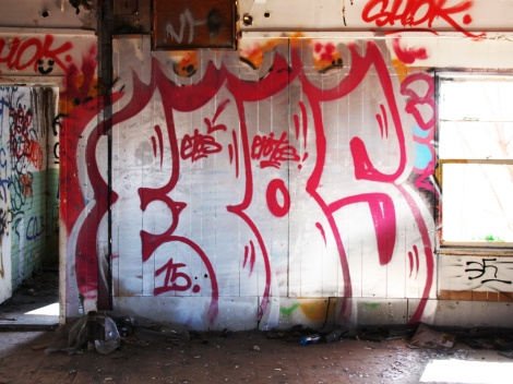 "Big throw by Etos in the abandoned ""Jailspot"""