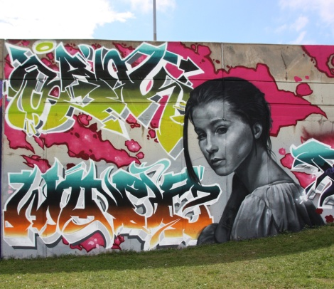 Sank (top letters), Wonez (bottom letters) and Rouks (woman) for the Festival de Canes