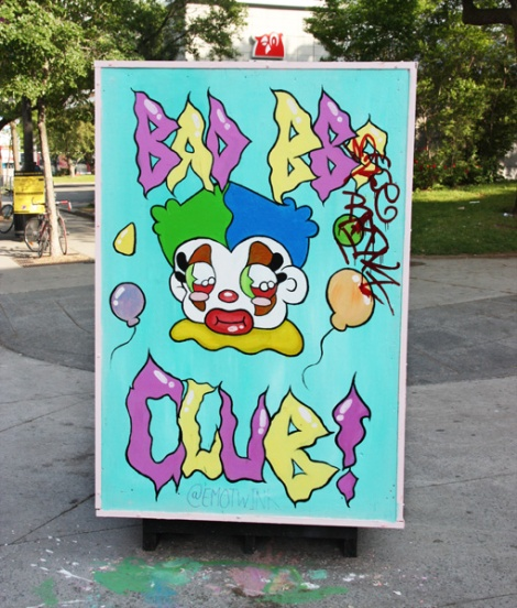 Emotwink on reverse of info/ad board for the 2017 edition of Mural Festival