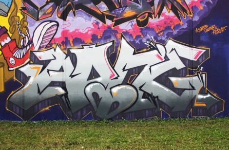Close-up on Akuma's piece on the Crazy Apes wall at Festival de Canes