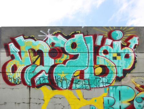 Close-up on Hitem's piece on the 203 crew wall at Festival de Canes