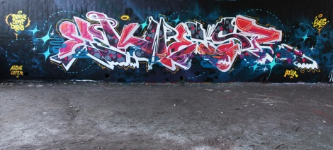 Ekes at the Papineau legal graffiti wall