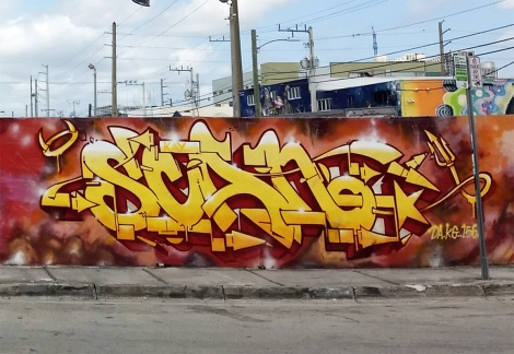 close-up on Eskae's letter piece in a tribute to Scaner in Wynwood, Miami