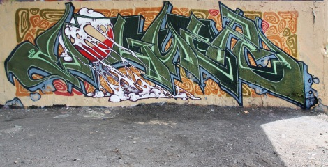 Voguer at the Papineau legal graffiti wall