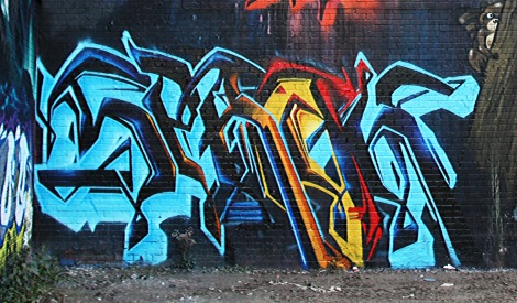 close-up on Serak's piece on the K6A crew wall for the 2016 edition of Under Pressure