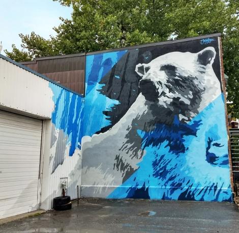 Miser mural in Ville-Marie