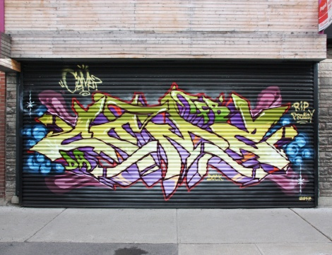 Cemz on a Hochelaga metal shutter