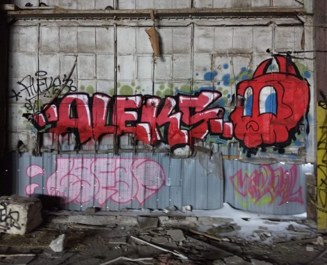 """Aleks"" and Lost Claws in an abandoned building"
