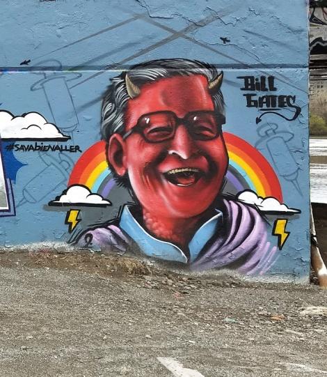 Maniak at the Papineau legal graffiti wall