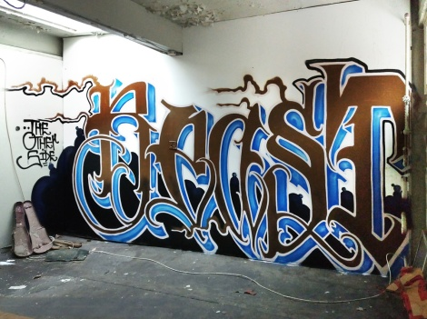 Beast in an abandoned builing in Griffintown